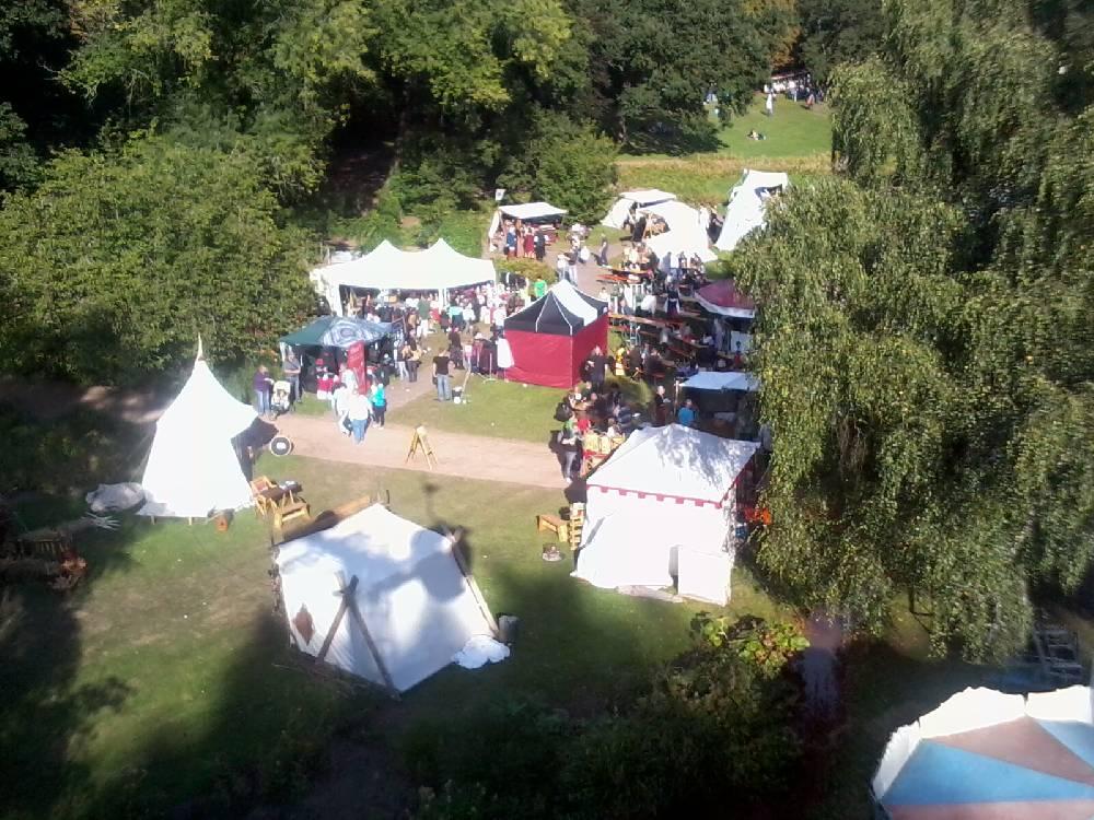 Mittelalter zeitreise phantasie und mittelaltertage for Halloween 2015 jardin franco allemand sarrebruck